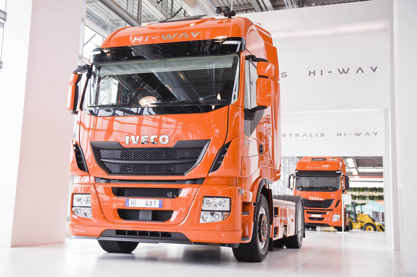 ���� ��������� ����� IVECO Stralis HI-WAY AS440S50T/P RR 4x2